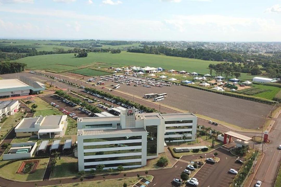 La Cooperativa Agroindustrial Lar obtuvo un beneficio de 1.300 millones de euros en 2019, empleó a más de 13 mil trabajadores y tiene una base de 10.887 miembros. Foto: Lar