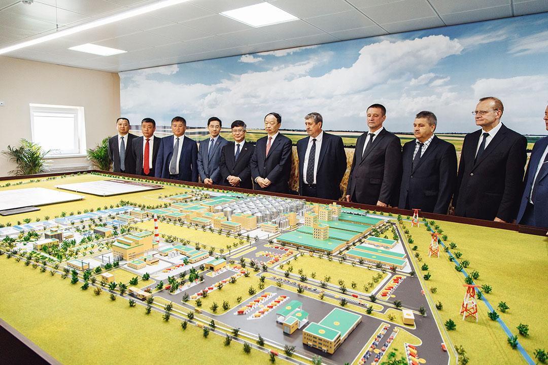 El proyecto de la Corporación Nacional de Biotecnología de Belarús consta de 14 plantas de piensos y aditivos para piensos, la primera de las cuales empezó a funcionar en agosto de 2020. Foto: BNBC