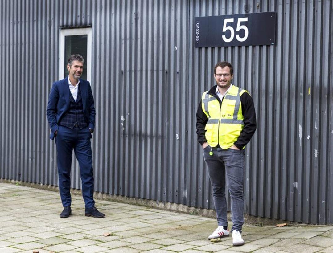 Marc van Doorn, Brightlands Chemelot Campus, a la izquierda, con Peter Rowe, CEO de Deep Branch. Foto: Deep Branch