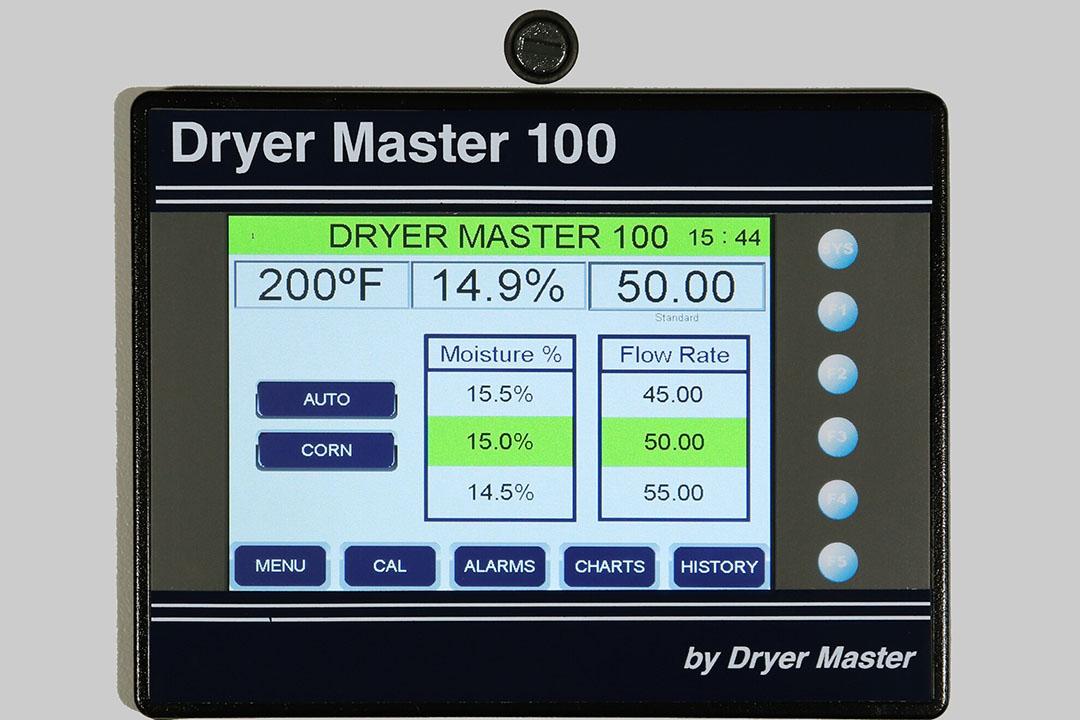 El Dryer Master DM100 mide la humedad del grano en los puntos de descarga y proporciona un elemento de control para aliviar la carga de trabajo de quien esté manejando el secador. Foto: Kentra