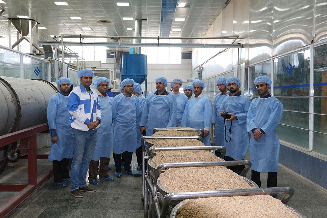 Algunas fábricas de piensos en Irán están tratando de pasar a la producción de alimentos para mascotas. Foto: La empresa iraní Samarco