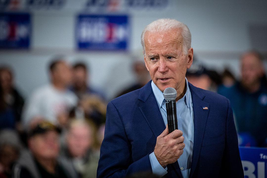 El presidente electo Joe Biden hablando en un mitin en Iowa, en enero de 2020. Foto: Phil Roeder/Wikipedia
