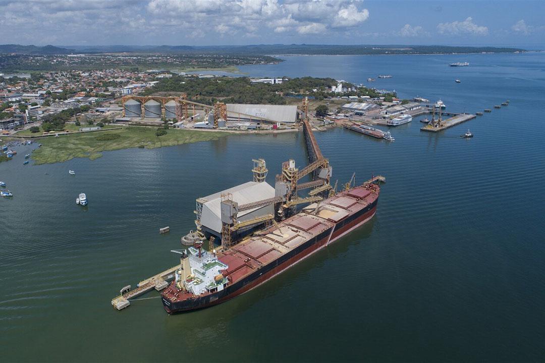 Un granelero en el puerto de Cargill en Santarem, estado de Pará, Brasil. Foto: ANP