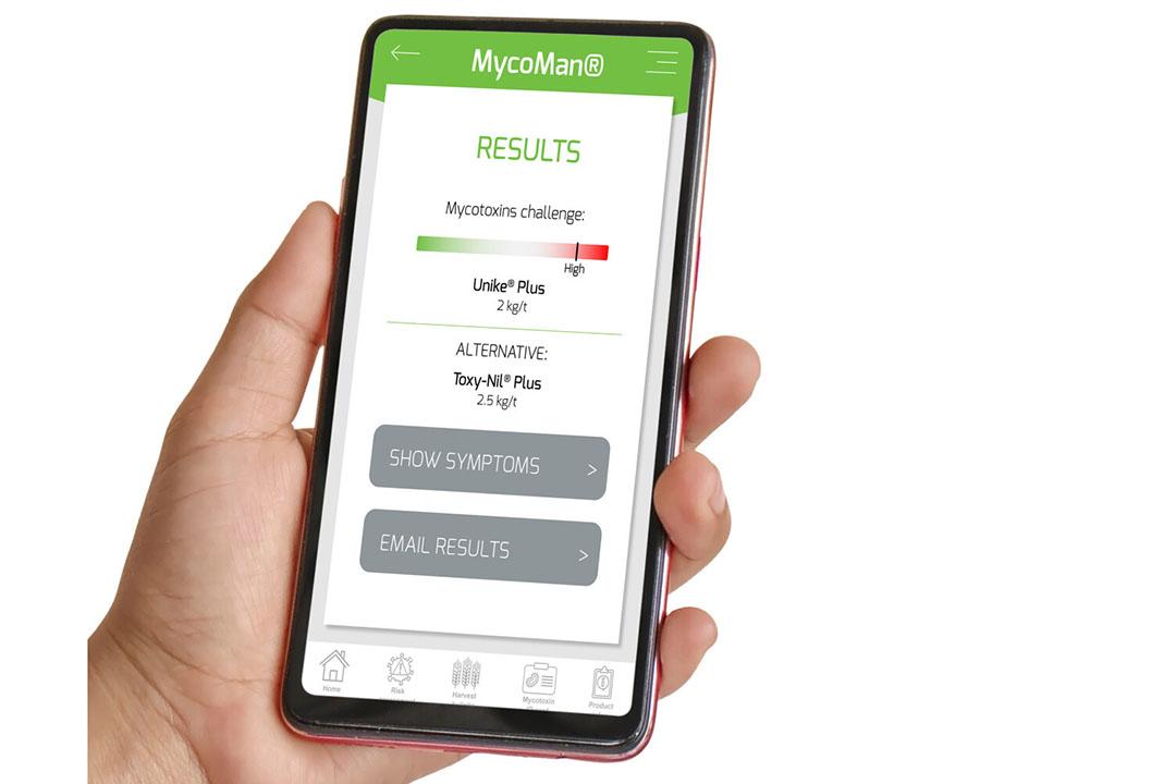 La aplicación móvil MycoMan es una forma sencilla de evaluar el desafío de las micotoxinas para un grupo específico de animales y se utiliza para calcular la dosis de desactivador de micotoxinas necesaria para controlar eficazmente las micotoxinas. Foto: Adisseo